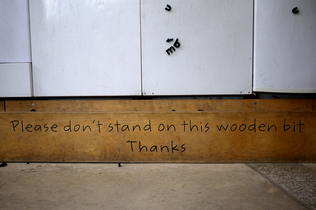 Sign saying Please Dont Stand On The Wooden Bit Thanks